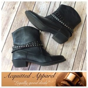 Kenneth Cole Reaction Black Ankle Boots Studded